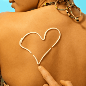 using sunscreen to improve skin apperance